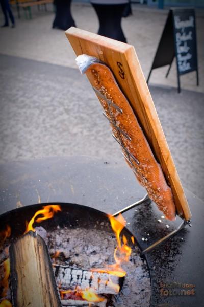 Flammlachsbrett für Feuerplatte